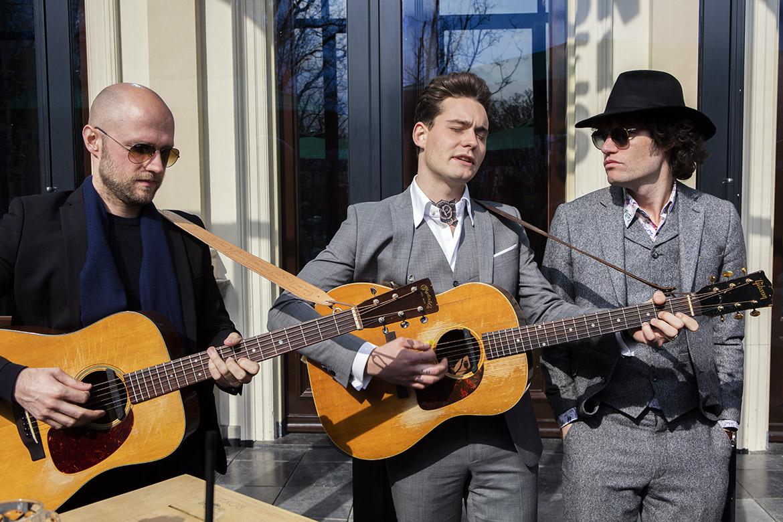 Douwe Bob Dutch contestant Eurovision Song Festival Contest